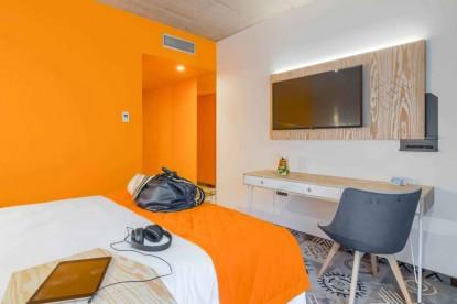 Sscaun camera hotel - proiect Chairry  Bucuresti CHAIRRY