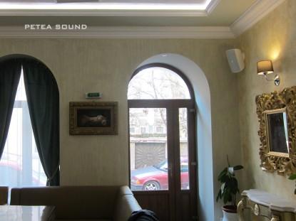 Interior cafenea STRETTO dupa sonorizare   Braila PETEA Sound