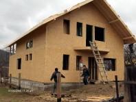 Case prefabricate sau pe structura de lemn (case din panouri prefabricate)