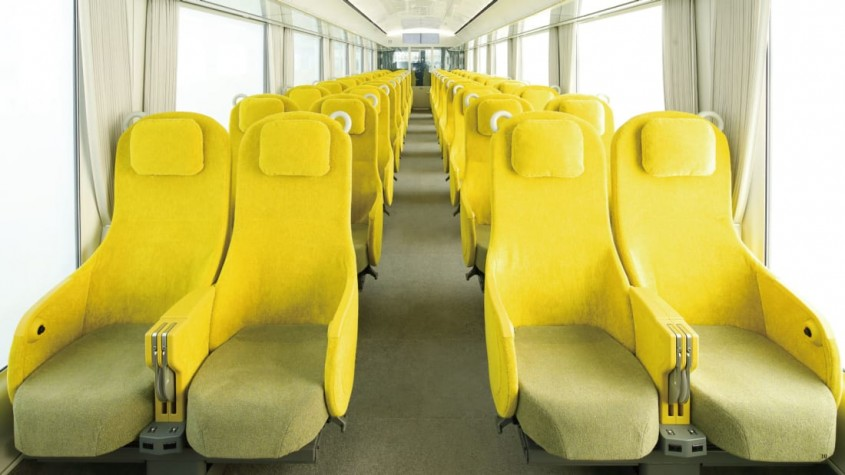 Un tren spectaculos creat de o laureata a Premiului Pritzker ca un living pe șine