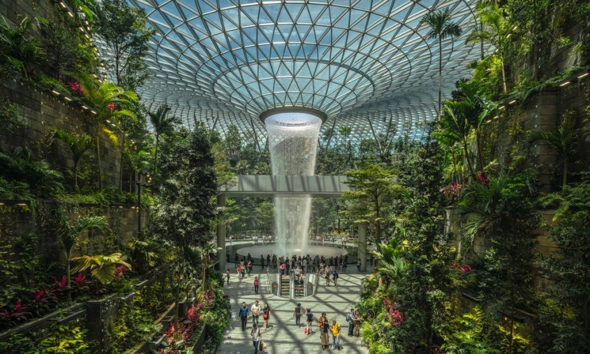 Jewel, extensie a Aeroportului International Singapore-Changi - Safdie Architects