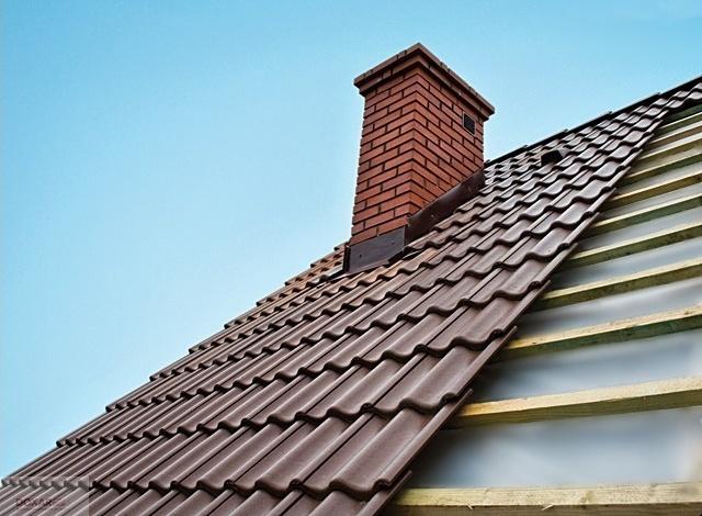 Tot ce trebuie să știi despre un acoperiș din lemn tip șarpantă, construit de Doxar