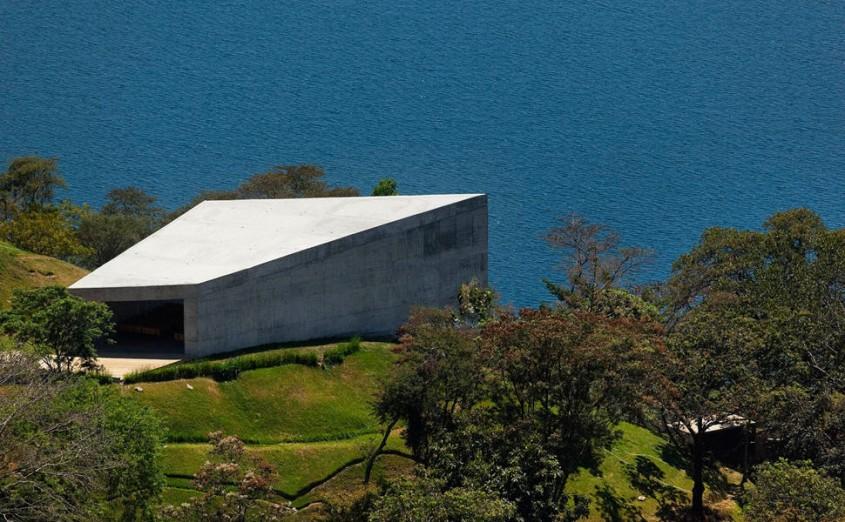 9. Capela Cardedeu, El Salvador