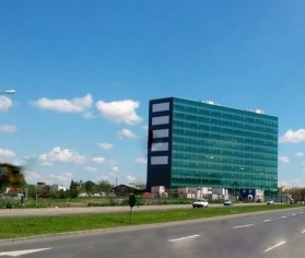 "Imobil de birouri ""GREEN GATE OFFICE BUILDING"" Bucuresti"