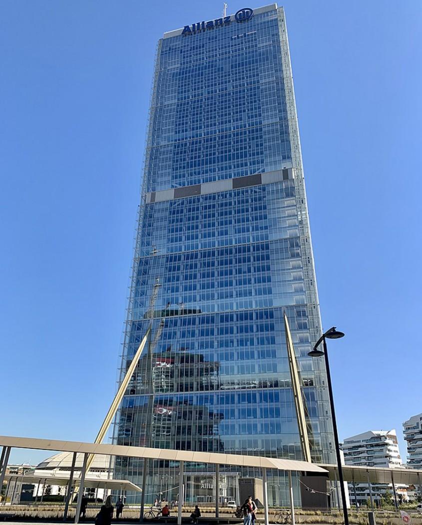 Turnul Allianz din Milano, Italia, 2015