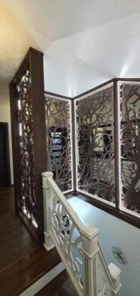 Balustrada/paravan ornamentala, iluminata, pana in tavan, din MDF vopsit  - Model Arbore