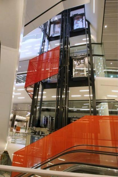 Prelucrare sticla si montaj pentru Mall Promenada Bucuresti  Bucurest SPECTRUM INOVATIV & INDUSTRIES