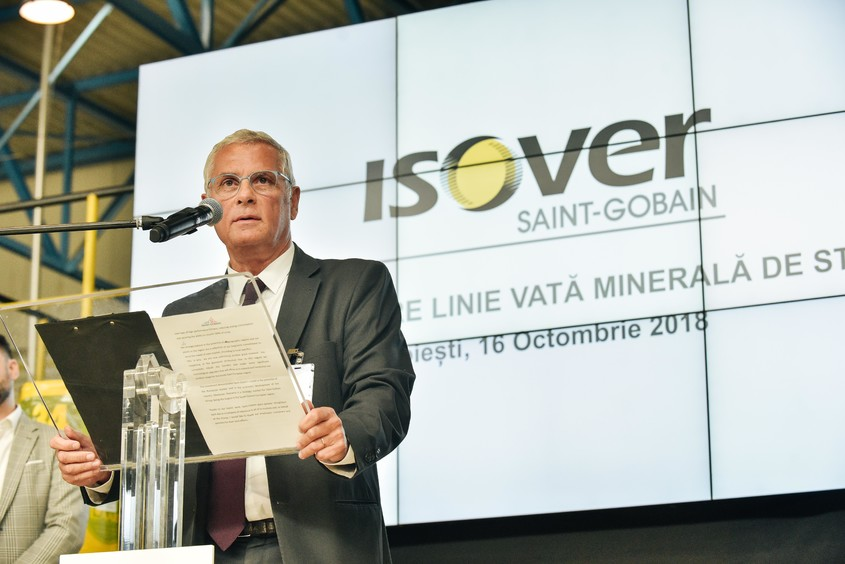 Saint-Gobain reia producţia la linia de vată minerală din fibră de sticlă de la fabrica Isover
