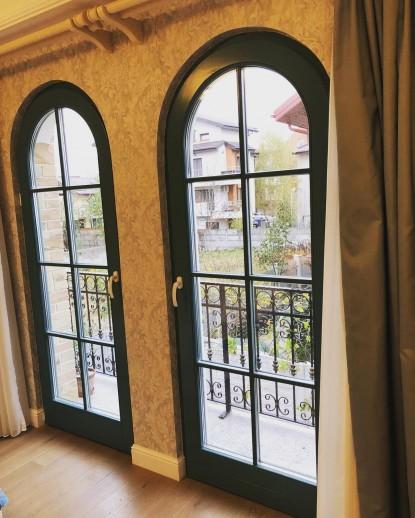 Casa privata pe structura metalica - ferestre tip arcada  Bucuresti LUCA GLOBAL GROUP
