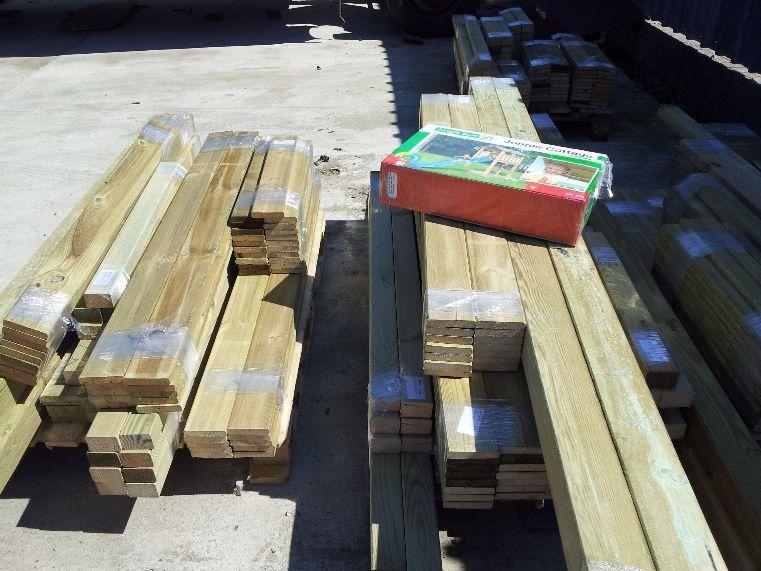 Grinda din lemn pentru construirea locurilor de joaca
