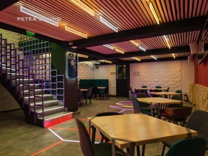 Interiorul restaurantului dupa realizarea proiectului de instalare sonorizare - lumini  Constanta PETEA Sound