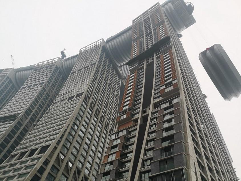 Reușită inginerească impresionantă: Un coridor lung de 300 de metri construit peste 4 zgârie-nori
