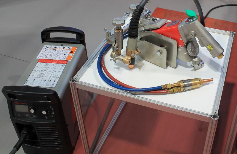 Sisteme portabile de tăiere cu plasmă şi oxigaz