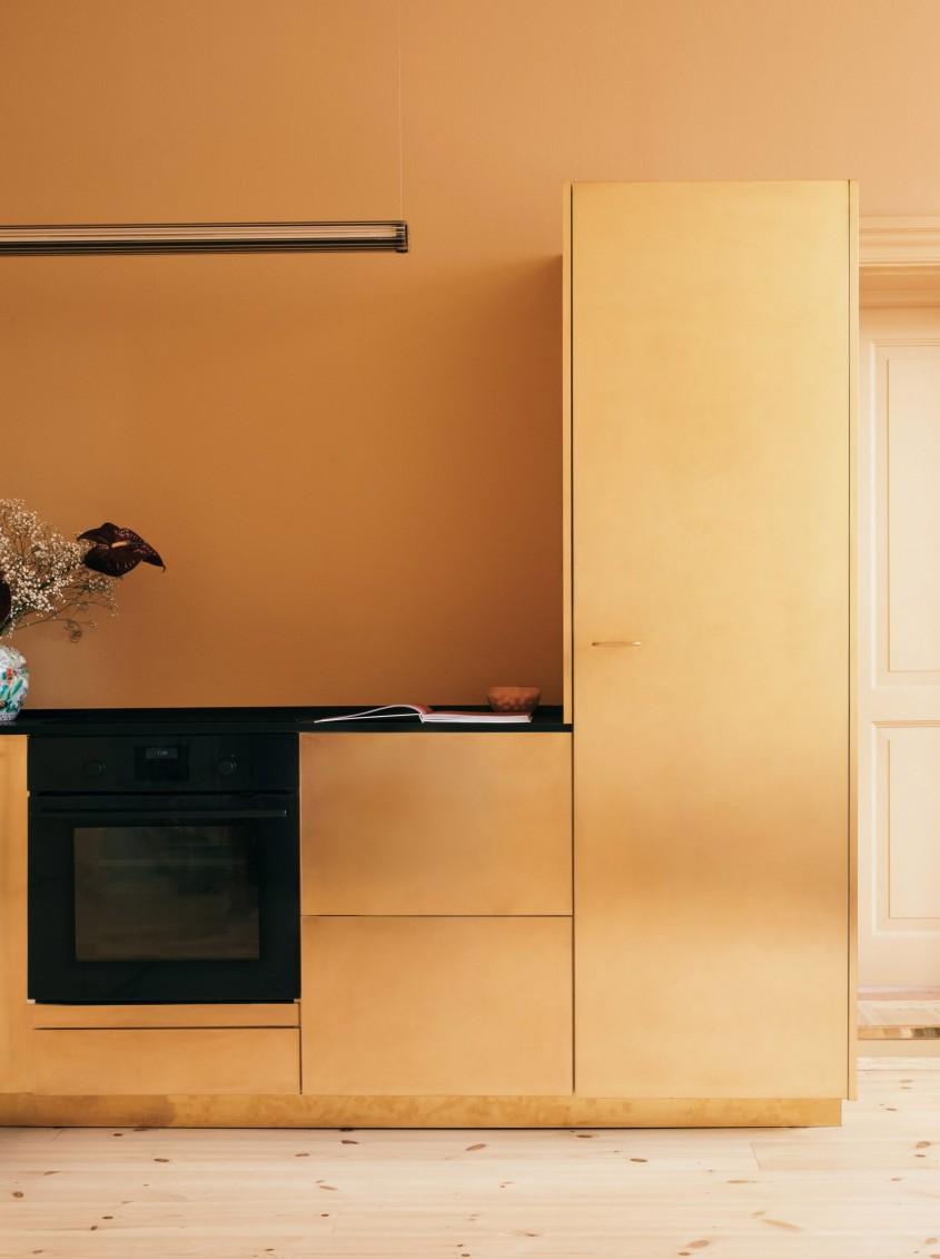 In spatele acestor fațade spectaculoase se ascunde o bucătărie Ikea