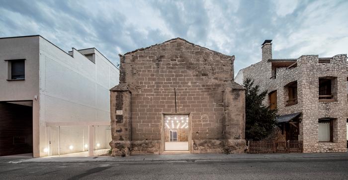 Biserica Antica din Vilanova de la Barca, Spania - reabilitata de AleaOlea