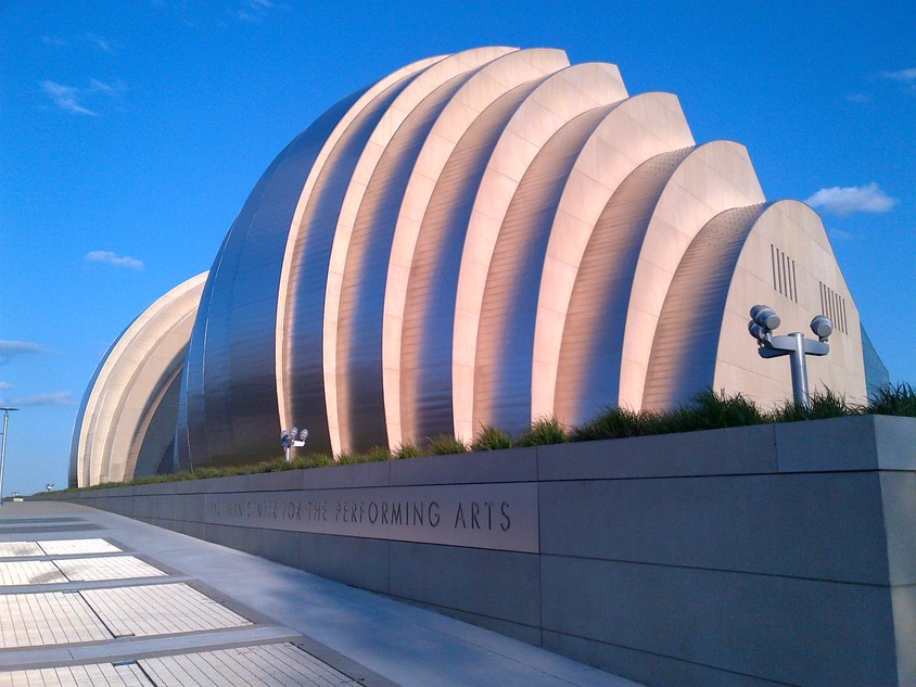 <b>Kauffman Center for the Performing Arts, Kansas, SUA</b>