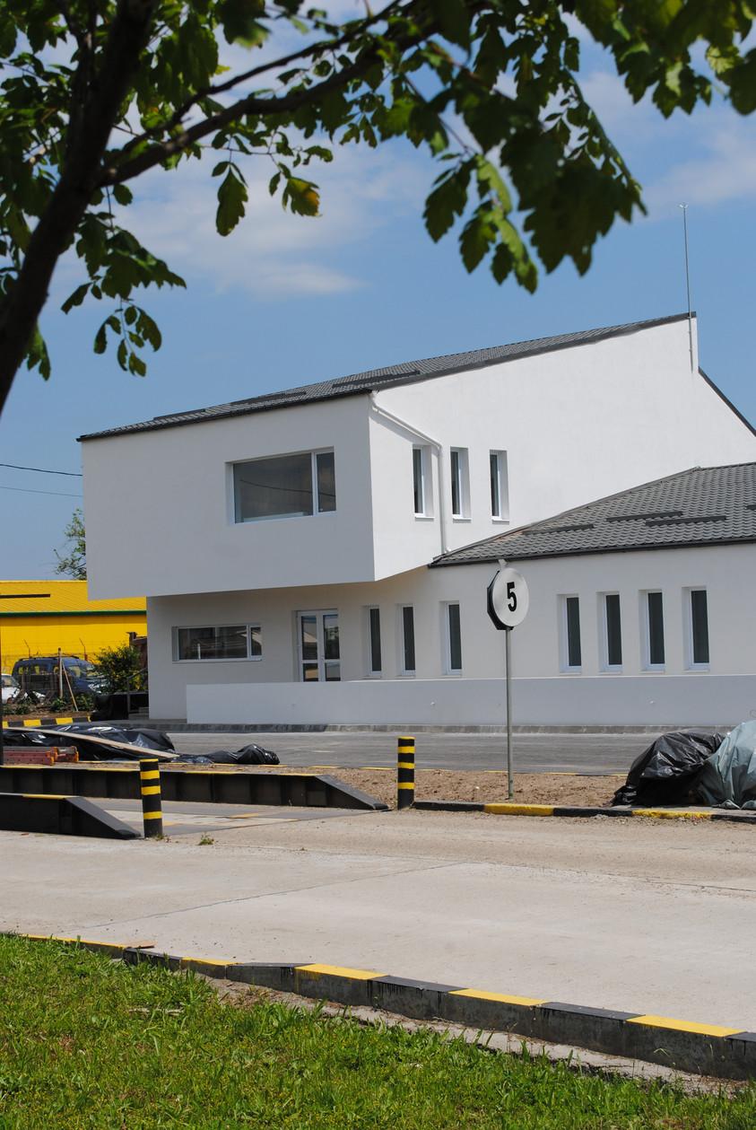 Vestiare pentru angajatii fabricii de pulberi metalice - Buzau 01.14  Buzau AsiCarhitectura