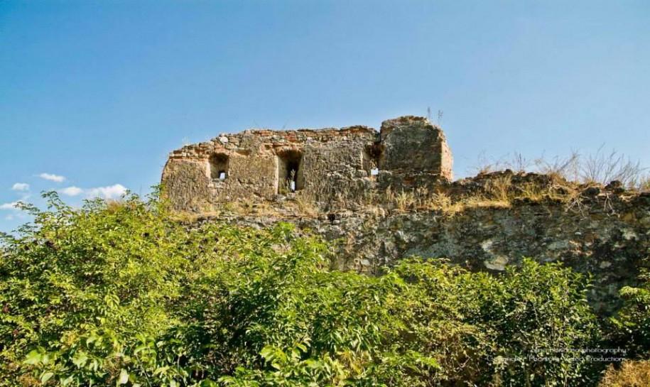 Cum arata Cetatea Feldioara inainte de restaurare