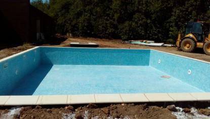 Constructie, placare cu mozaic Vidrepur si echiparea unei piscine - Botosani