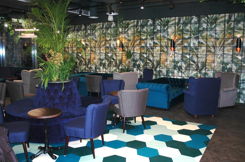 Mobilierul Chairry creează un spațiu intim și cochet la Mitzu Coffee Shop - Expo Park, București