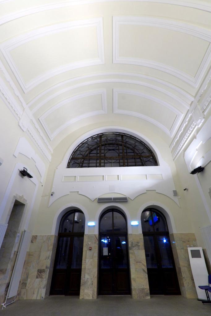 Interiorul Garii Piatra-Neamt  Piatra-Neamt SAINT-GOBAIN CONSTRUCTION PRODUCTS ROMANIA - DIVIZIA RIGIPS