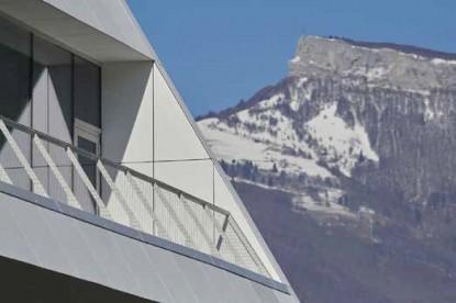 Centru cultural și sportiv din Challes les eaux, Franta  Franța EQUITONE