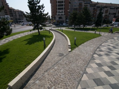 Amenajare spatiu pietonal din Centrul Civic, Alba Iulia  Alba Iulia ELIS PAVAJE