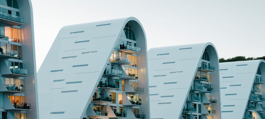 """Vine Valul! Spectaculoasa clădire """"The Wave"""" a fost finalizată"""