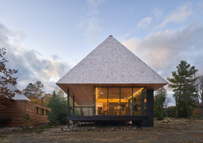 Bigwin Island Club Cabins - Baysville, Ontario, de MacKay-Lyons Sweetapple Architects