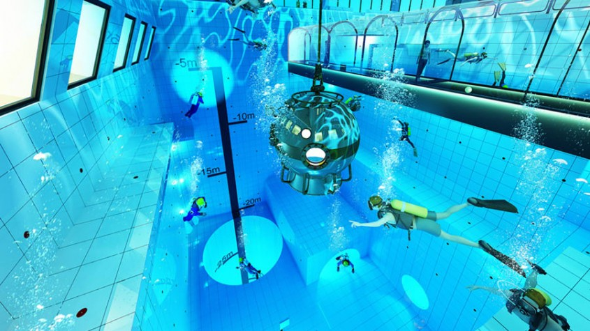 Cea mai adâncă piscină din lume, construită într-o țară europeană, are tunel subacvatic