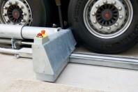 Sistem de blocare a camionului in dock - STERTIL Combilock