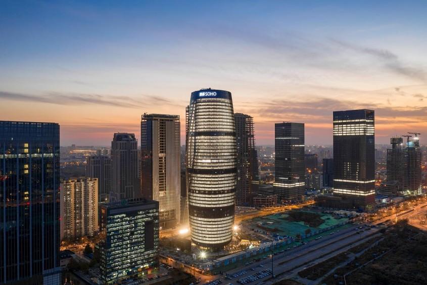 Zaha Hadid continuă să impresioneze Clădirea sa cu cel mai înalt atrium din lume este gata