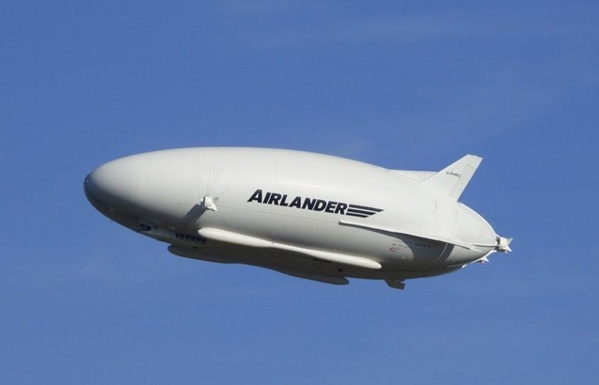 La bordul spectaculos al hibridului Airlander 10, cea mai mare aeronavă din lume