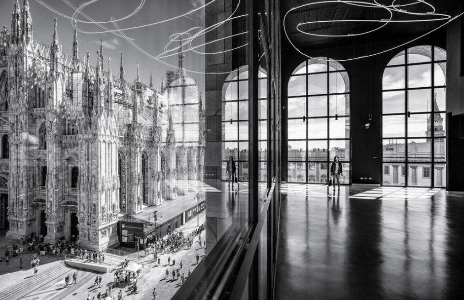 <b>Piazza Duomo vazuta din Museo del 900 - Arengario Balconi, Milano - Marco Tagliarino (Italia)</b>