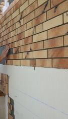 Cărămidă aparentă klinker pentru termoizolația unui bloc de locuințe din Hamburg