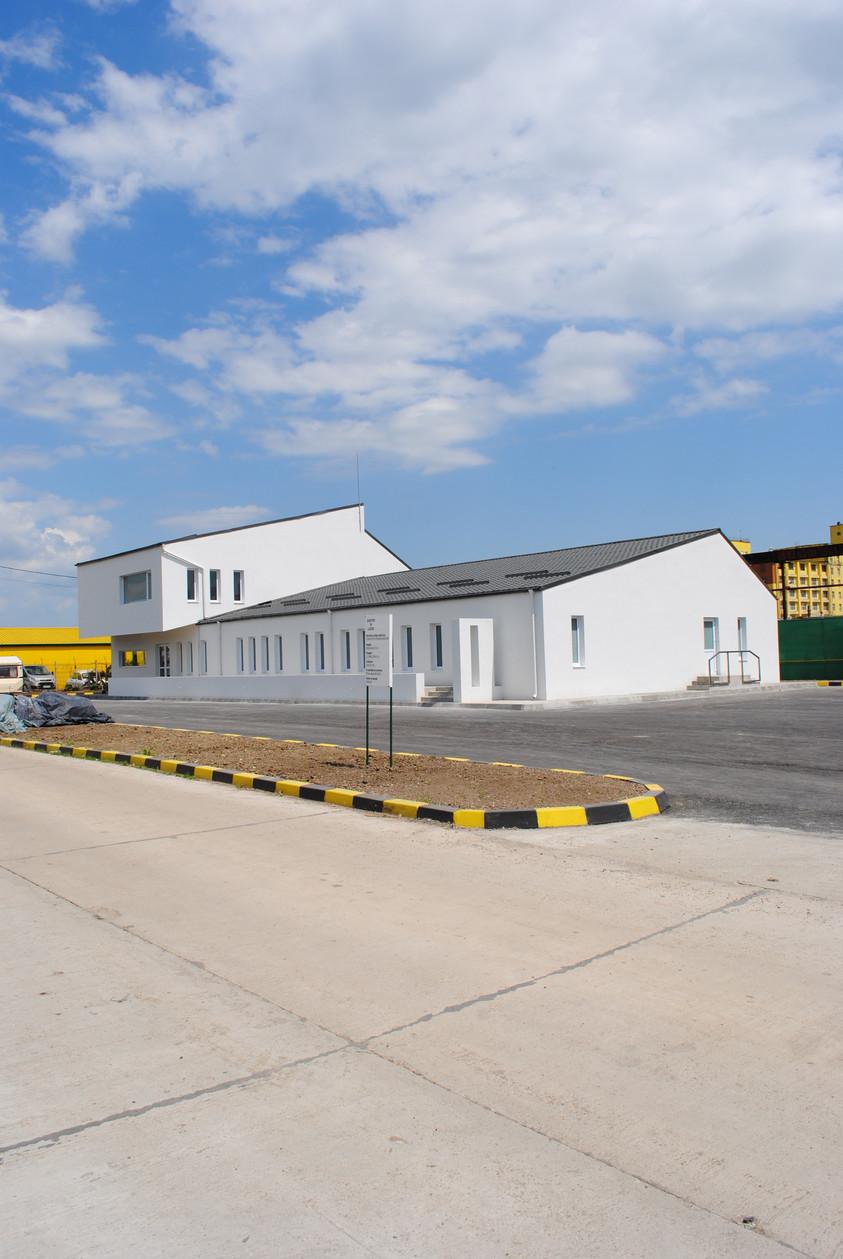 Vestiare pentru angajatii fabricii de pulberi metalice - Buzau 01.15  Buzau AsiCarhitectura