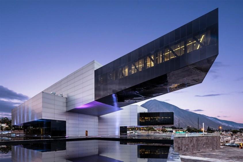 Cladirea guvernamentala UNASUR, Quito (Ecuador) - Diego Guayasamin