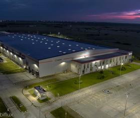 Iluminare hală industrială cu lampi LED