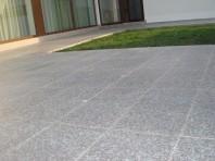 Piatra naturala pentru placari - Granit fiamat Misty Brown