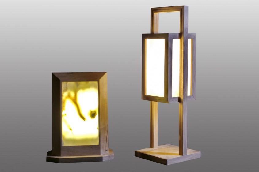 Lampi din piatra si lemn
