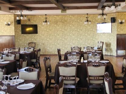 Restaurantul Millenium dupa instalarea sistemului audio Audac  Galati PETEA Sound