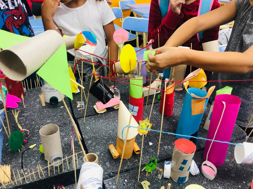 Aproximativ 4.000 de elevi au început cursurile De-a arhitectura