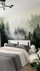Fototapet cu un design inspirat din natură, pentru un apartament din București