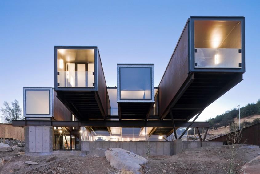 <b>2. Caterpillar House, o casa privata in Chile</b>