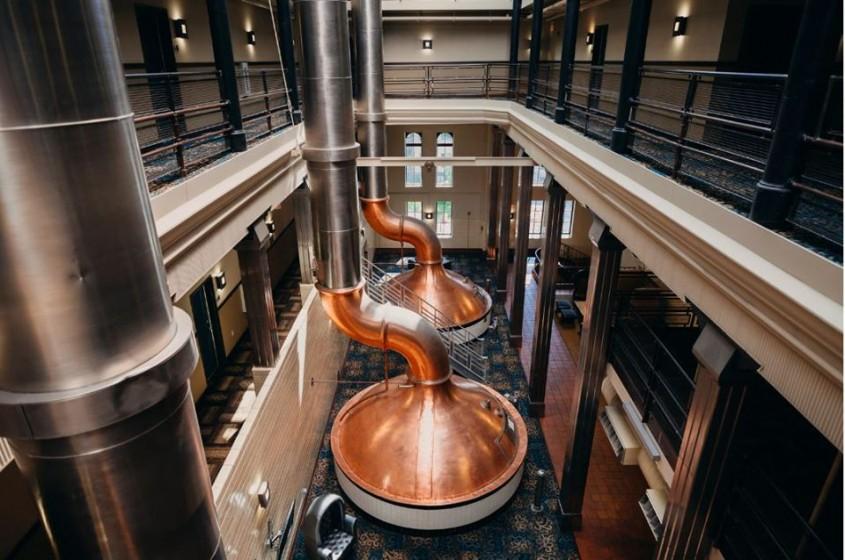O fabrica de bere transformata in hotel