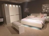 Mobilier dormitor ALB cu lumini