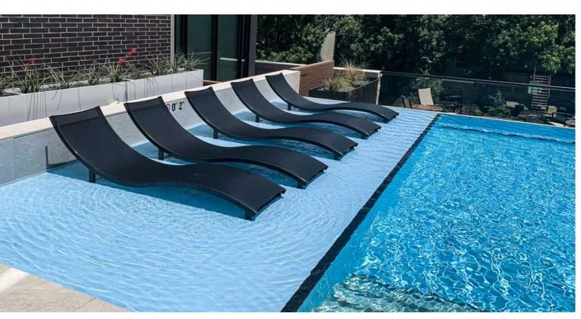 O piscină transparentă pentru complexul The Hudson, Dallas