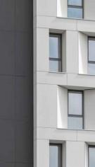 Equitone Pictura - potrivită unei clădiri de locuit precum hotelul APX Hotel & Residence