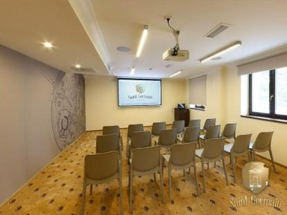 Interiorul salii de conferinta a hotelului boutique SaINT GERMAIN BRAILA  Braila PETEA Sound