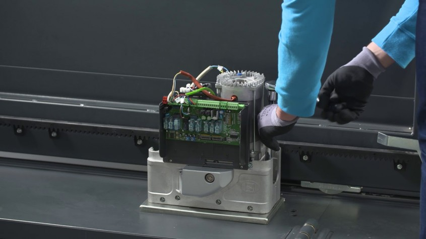 BKV - Automatizare poartă culisantă de până la 2,5 tone